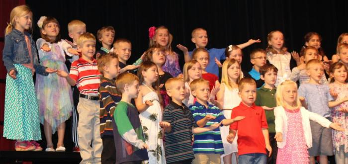 Norris Elementary recognizes 157 kindergartners at annual program