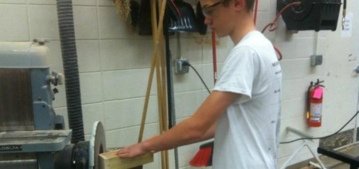 7th grade Industrial Technology creates pencil boxes for kindergarten classes
