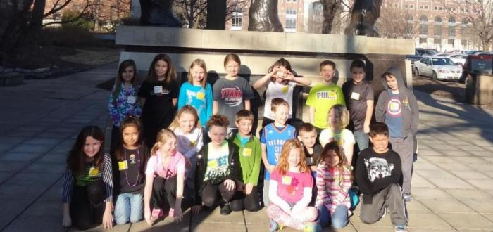 2nd Graders visit Morrill Hall, planetarium